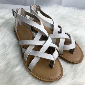 Rampage white sandals size 7.5